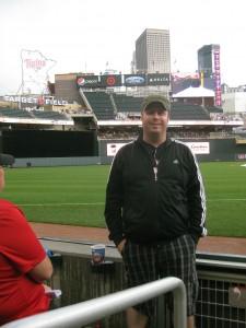 Post-rain delay seating at Target Field